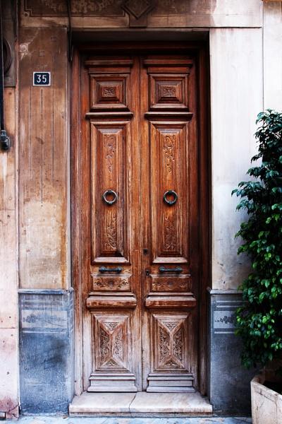 Doorway in Cartagena by TT999