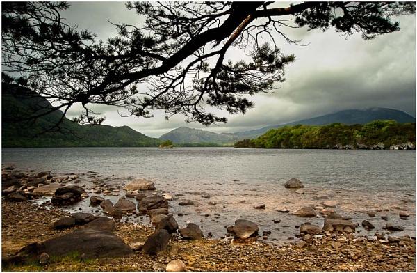 Lake View. by bombolini