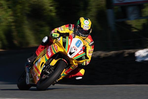 Ian Hutchinson TT 2012 by photodoktor