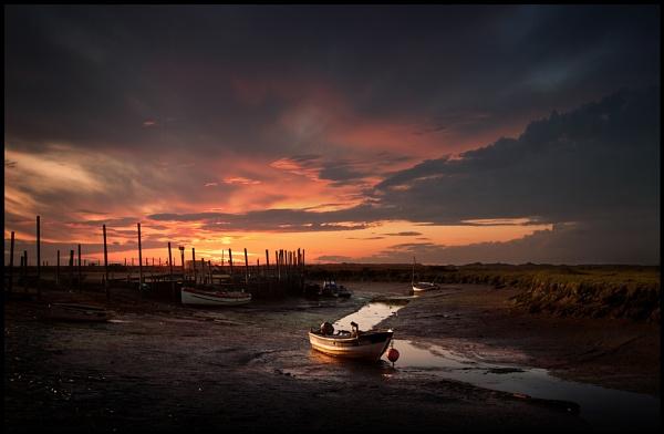 Morston Quay Sundown. by Niknut