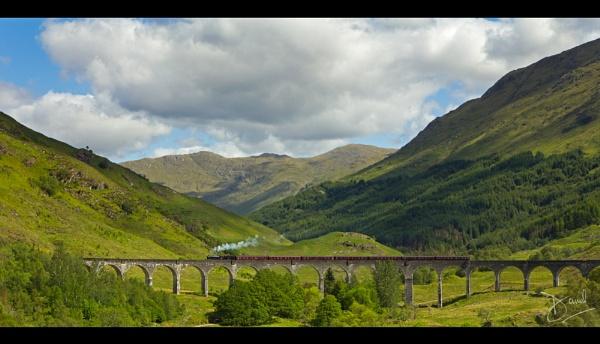 Glenfinnan Viaduct by dtomo68