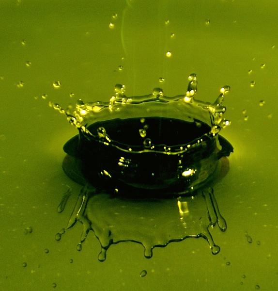Green Splash by Cybalist
