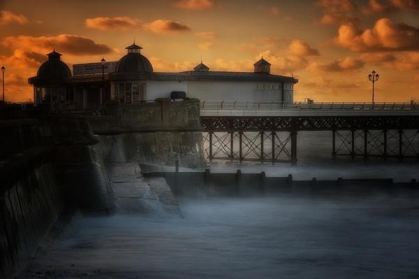 Ghost Pier by wardp