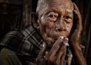 Old Smoking Mas by Rarindra