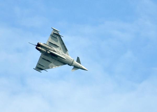 Eurofighter by geoffmilner