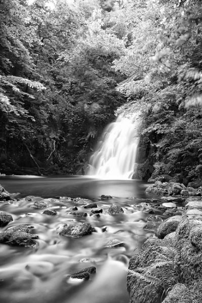 Glenoe waterfall by marklewis81
