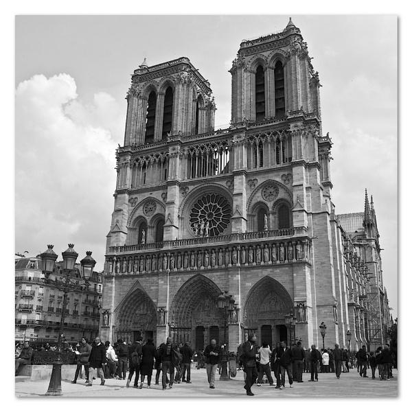 Notre Dame by heffalump