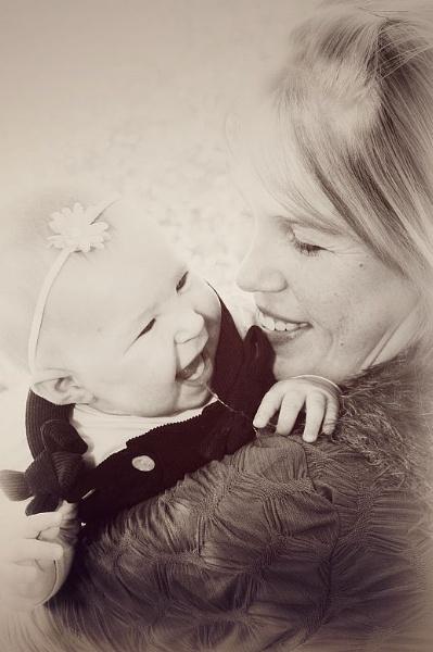 Mother & Daughter by tari1005