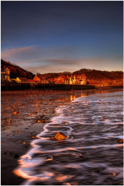 Sandsend,Golden Light by stephenscott