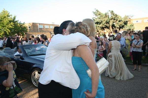 hug again by miaallaker
