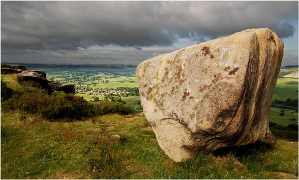 Baslow Edge Avil Stone by Scippy