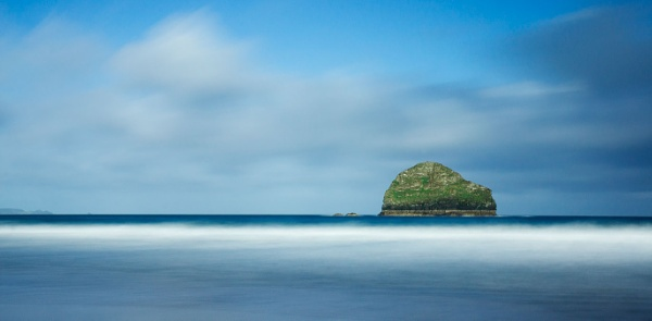 Gull Rock by Arvorphoto