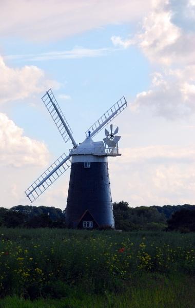 Norfolk Windmill by stephens55