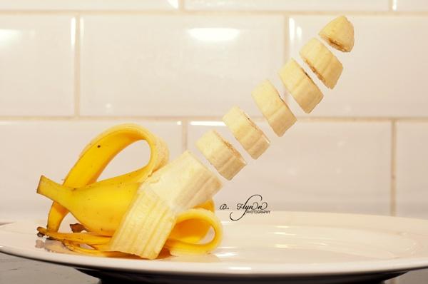 Sliced Banana by digitalfingers