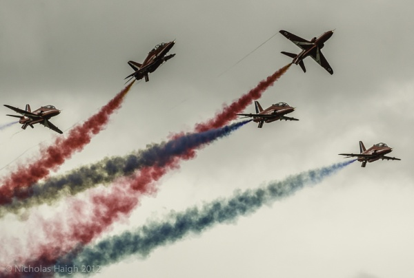 Red Arrows by NickHaigh