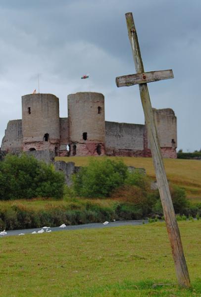 Rhuddlan Castle, cross by m60mrj