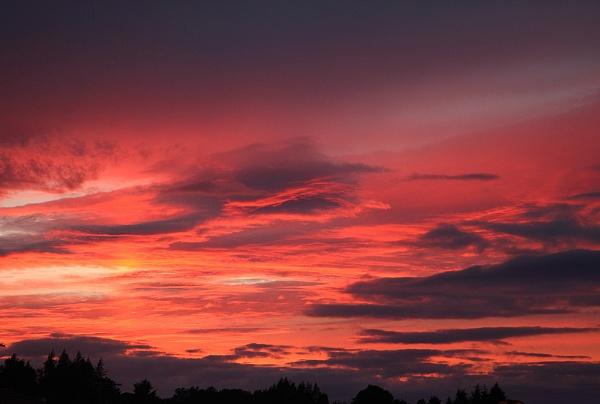 Sunset in Scotland by adrian_w
