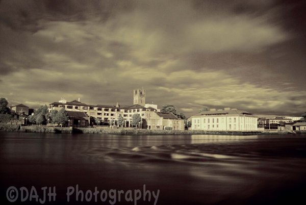 Limerick City Hall, from the Clare side of the river Shannon by jholmes