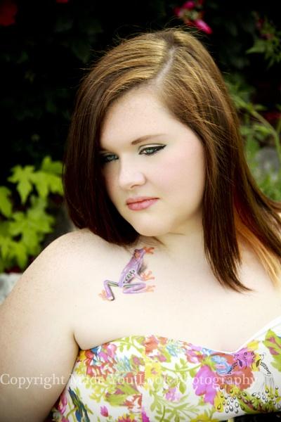 Senior Model - Tessa by sthrn_gal