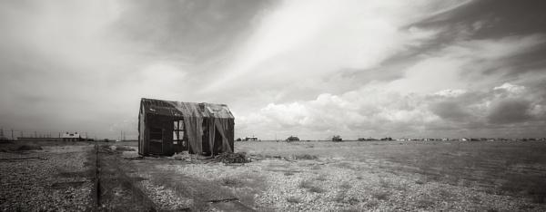 Hut 2 by aliquidvision
