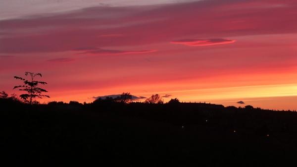 Bennochy Sunset by widtink
