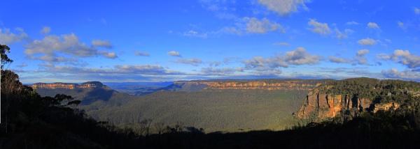Blue Mountains Panorama by StephenBrighton