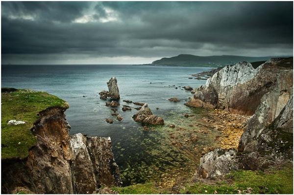 Cliffs of Achill by bombolini