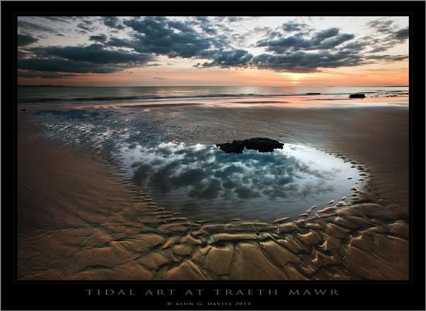Reflection by Tynnwrlluniau