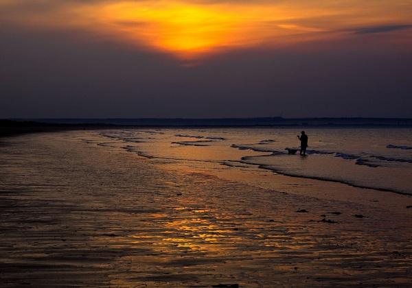Redcar Beach Sunset by tonyb73