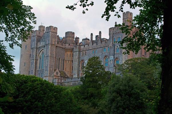 Arundel Castle by lostnspace2011
