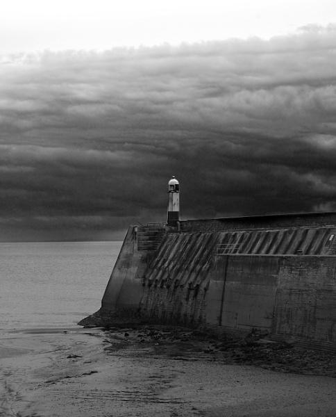 Porthcawl Pier by m60mrj