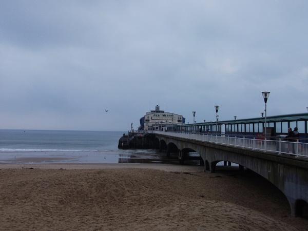 Bournemouth pier by macc1