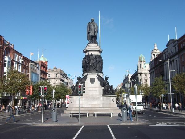 2011 O connell street Dublin by macc1