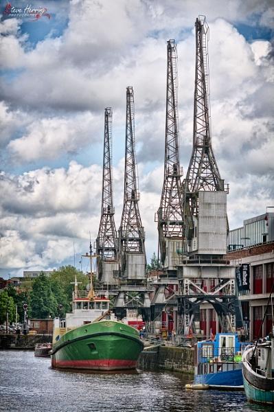 Bristol Docks. by sherring