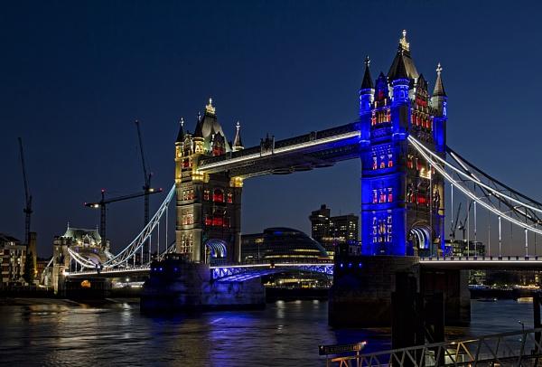 Bridge Blues by Jasper87