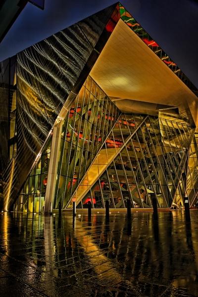 Grand Canal Theatre by mondmagu