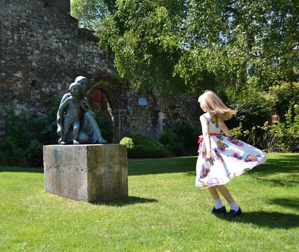 dancing girl by cathsnap