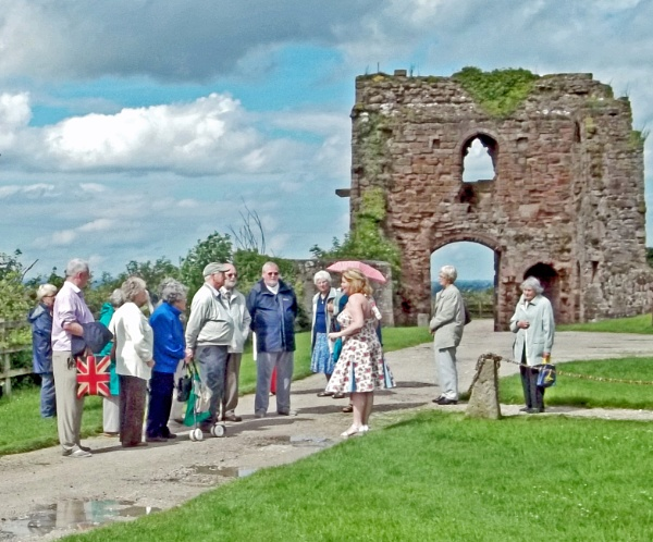 Captivating Conversation by Hurstbourne