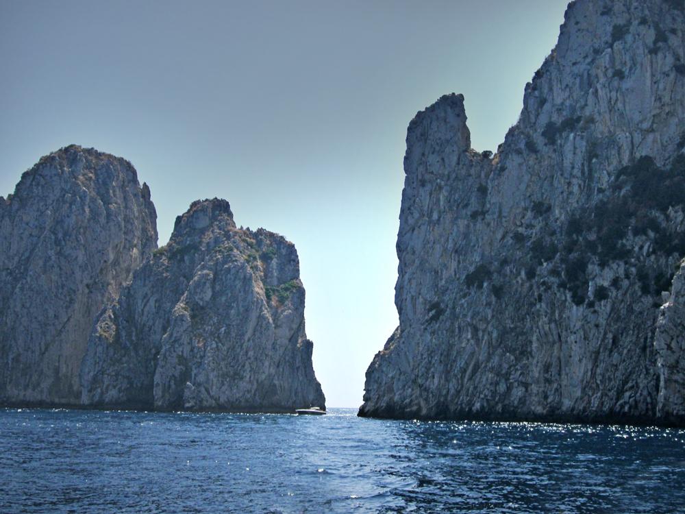 ..Rocks in  sea...