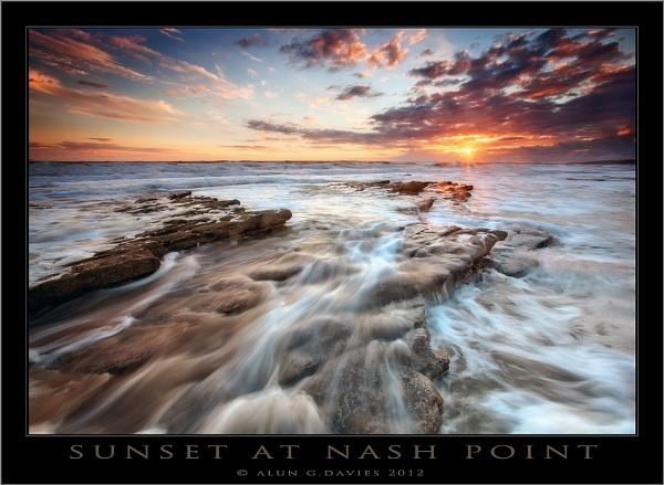 A Dash of Nash on the Rocks by Tynnwrlluniau
