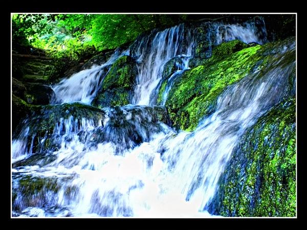 badger wonderful waterfall by paulmanneringphotos
