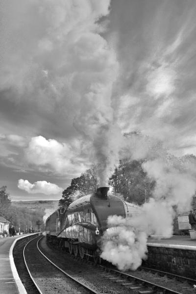 Shrouded in steam. by Adrianwalker
