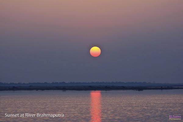 Sunset at River Brahmaputra by rlsarma
