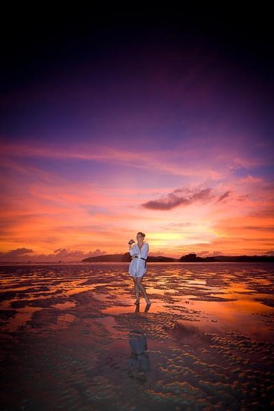 AoNang at sunset by GregorP