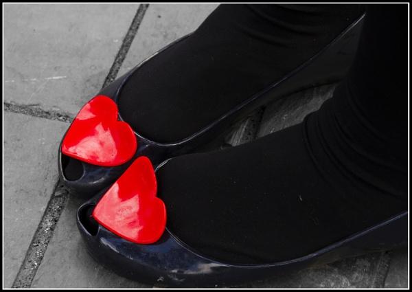 RED&BLACK by HelenBushe