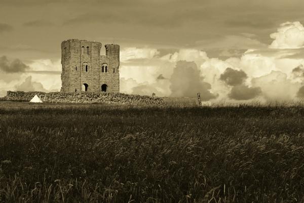 Scarborough castle. by Murfyzmum
