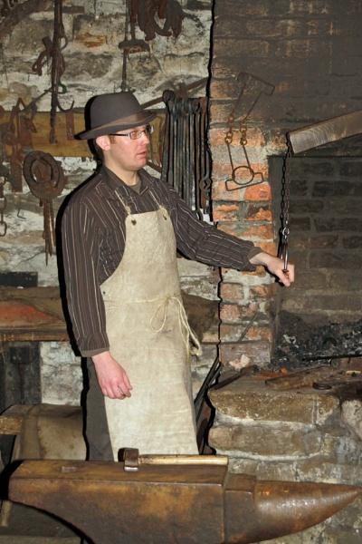 Blacksmith by canonfan
