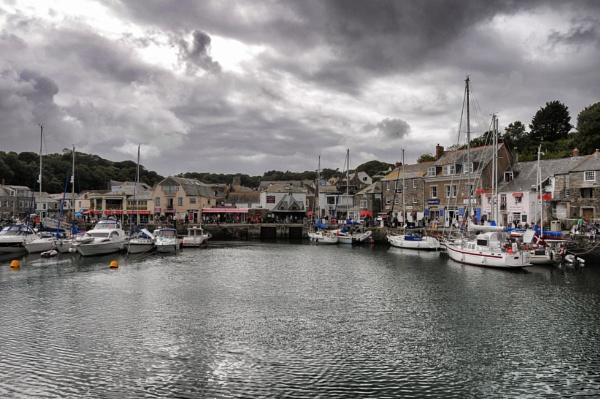 Padstow, Cornwall by nikonuseruk