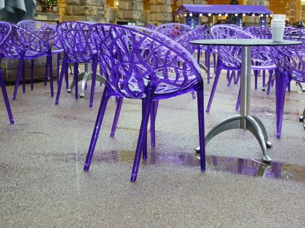 Purple rain cafe by Tars