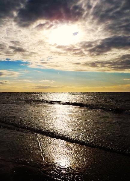 Glistening Sun by maxjones98